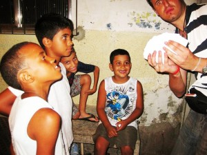 magic mark infiniti magician street favelas